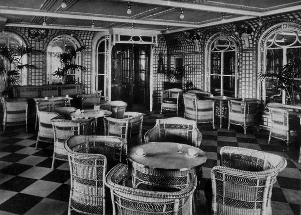 Le caf v randa le titanic en 1912 for Titanic epave interieur